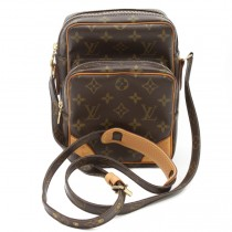 louis vuitton amazone th0016 (4 of 9)