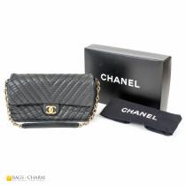 CHANEL-Chevron-Bag-cc1049-1