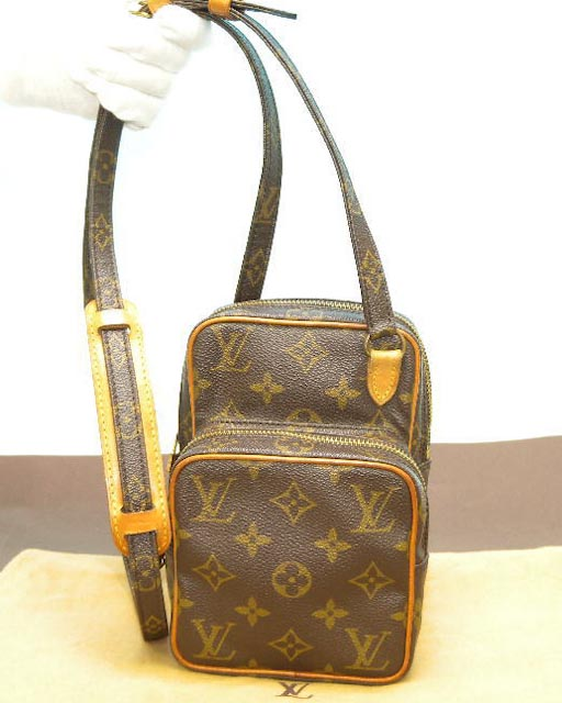 100 Authentic Mini Louis Vuitton Made In France Has No Date >> Louis Vuitton Monogram Mini Amazone Bag LV 135 - Bags of