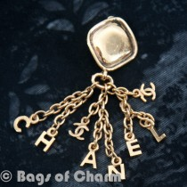 gold_letter_chanel_double_cc_3_of_5_.jpg