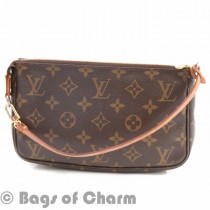 lv_pouchette_accessories_0512_3_of_6_.jpg