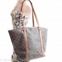 sac_shopping18_oct-3.jpg
